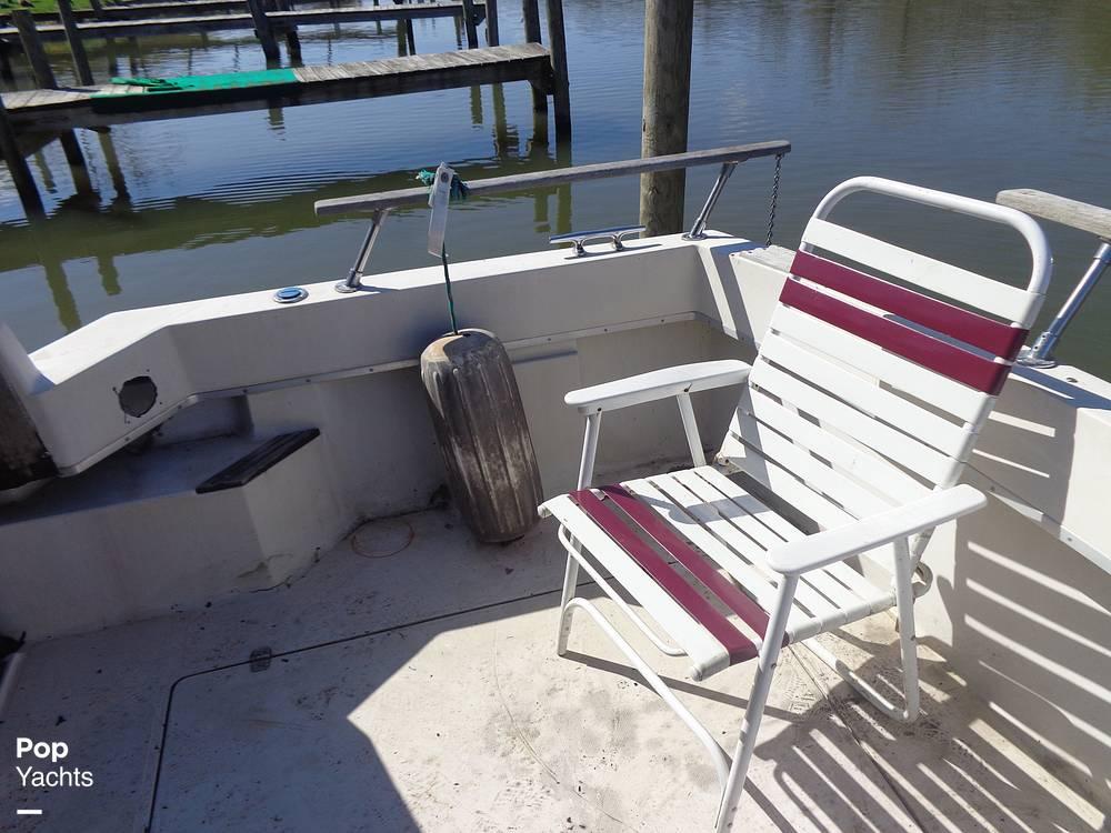 1983 Bayliner boat for sale, model of the boat is 3270 Explorer & Image # 23 of 40