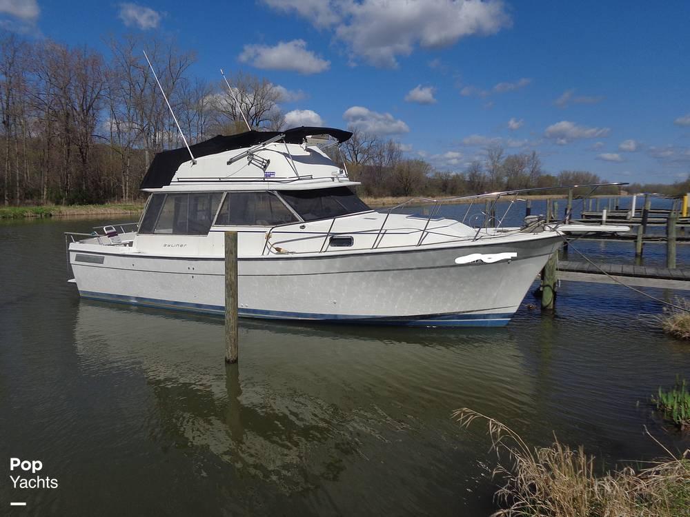 1983 Bayliner boat for sale, model of the boat is 3270 Explorer & Image # 2 of 40