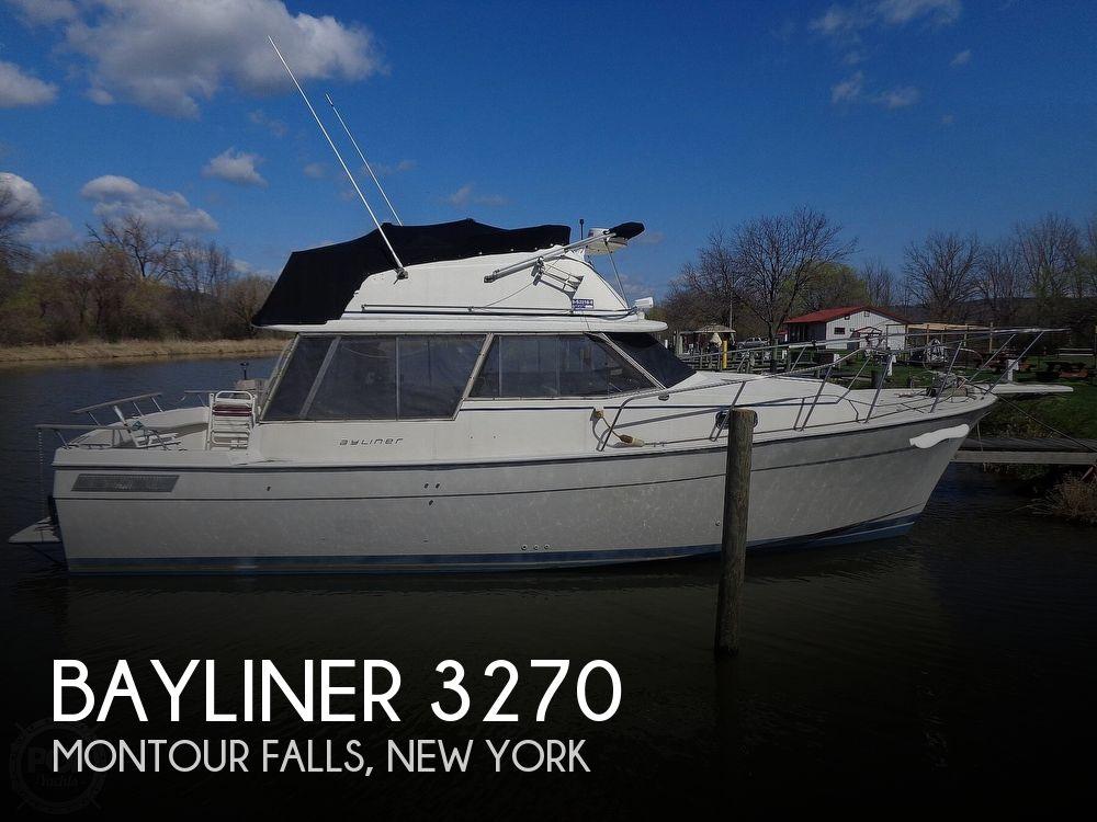 1983 Bayliner boat for sale, model of the boat is 3270 Explorer & Image # 1 of 40