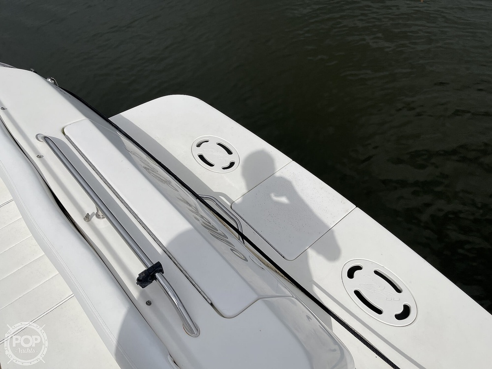 2000 Sea Ray boat for sale, model of the boat is 310 Sundancer & Image # 17 of 40