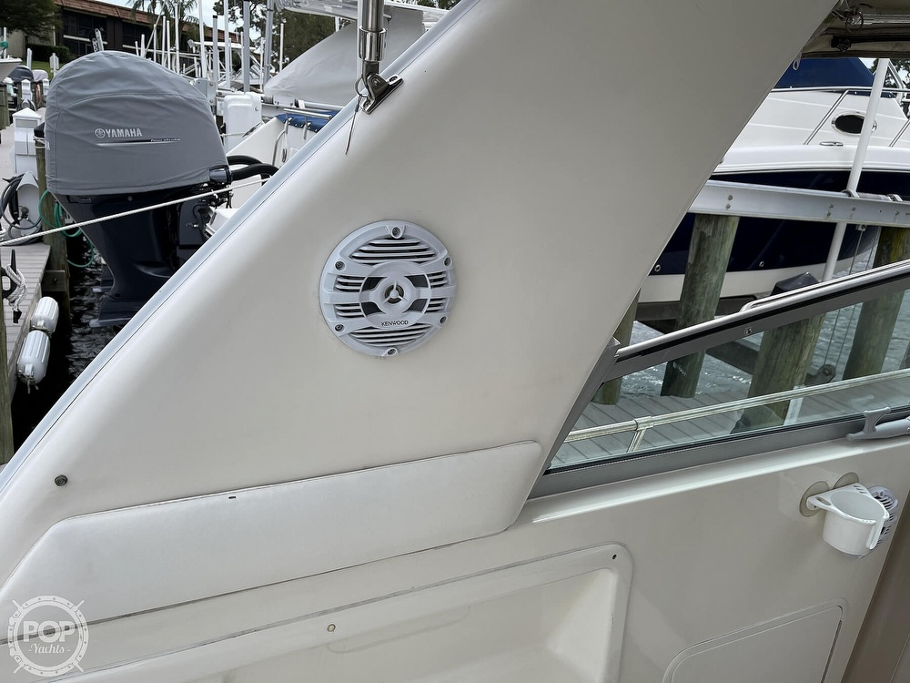 2000 Sea Ray boat for sale, model of the boat is 310 Sundancer & Image # 21 of 40