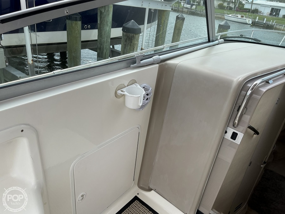 2000 Sea Ray boat for sale, model of the boat is 310 Sundancer & Image # 22 of 40