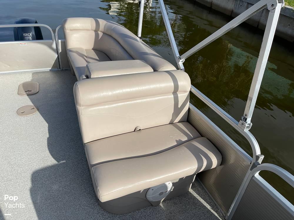 2017 Bennington boat for sale, model of the boat is 22 SSR & Image # 13 of 40