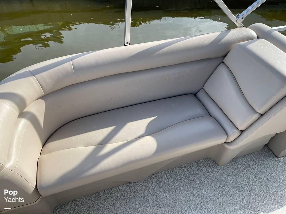 2017 Bennington boat for sale, model of the boat is 22 SSR & Image # 11 of 40
