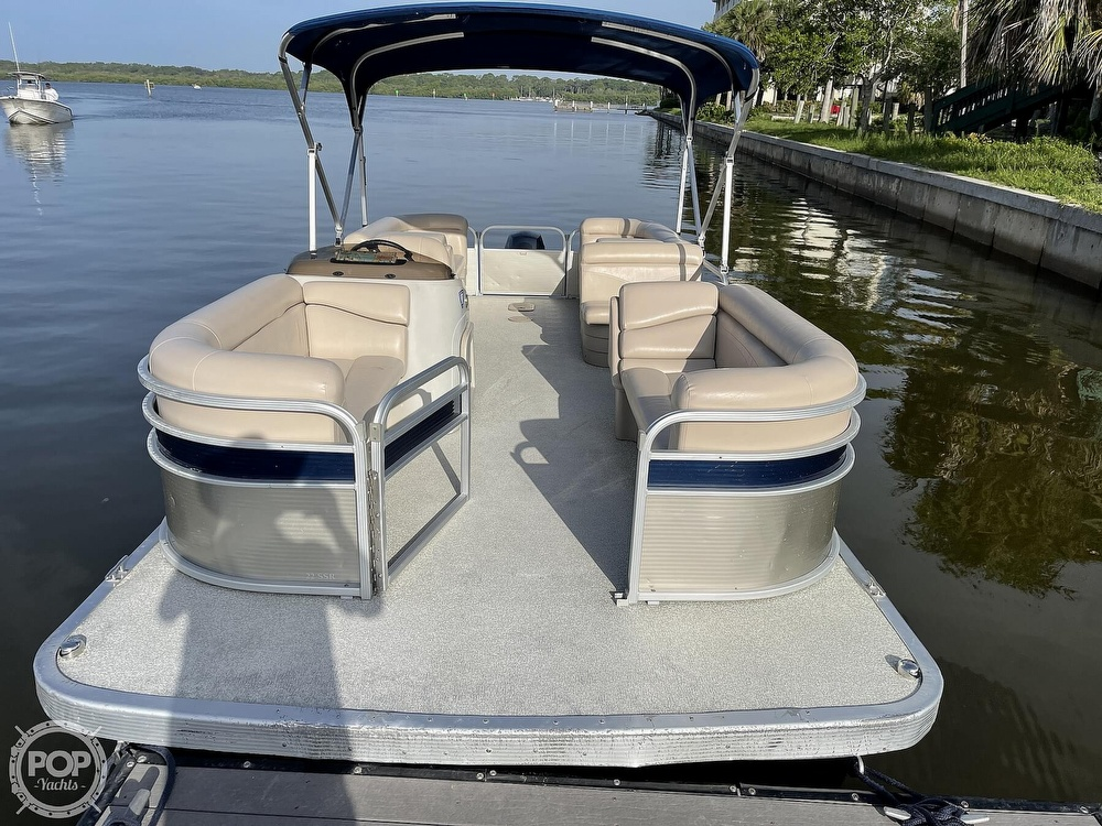 2017 Bennington boat for sale, model of the boat is 22 SSR & Image # 2 of 40