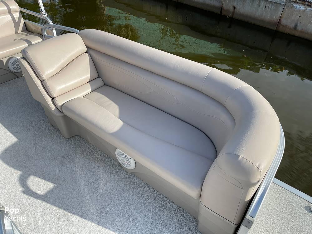 2017 Bennington boat for sale, model of the boat is 22 SSR & Image # 8 of 40