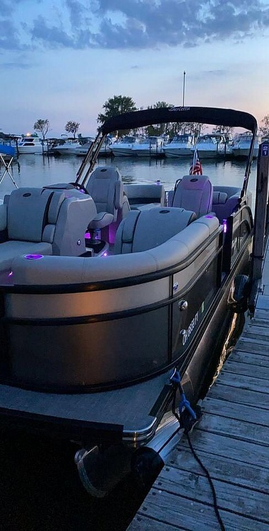 2020 Barletta boat for sale, model of the boat is E22Q CSS & Image # 4 of 40