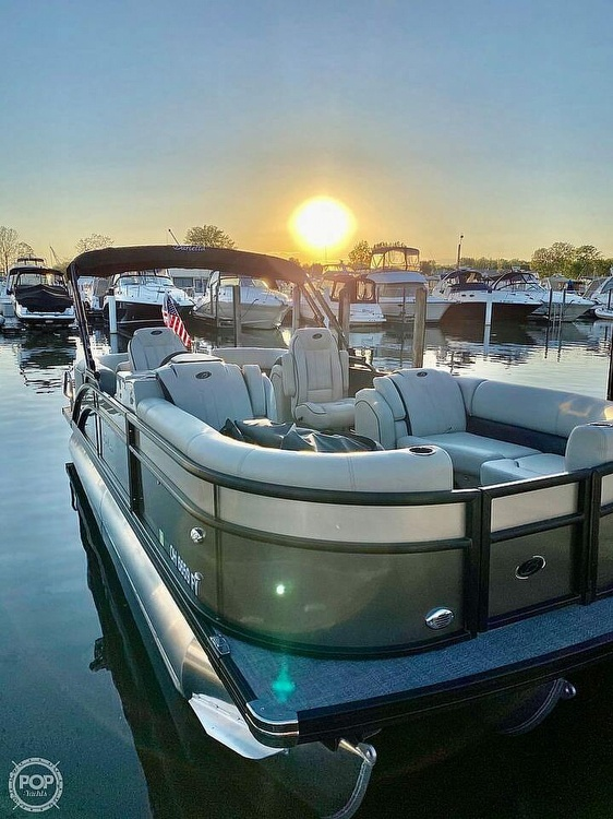 2020 Barletta boat for sale, model of the boat is E22Q CSS & Image # 5 of 40