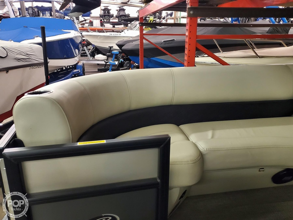 2020 Barletta boat for sale, model of the boat is E22Q CSS & Image # 10 of 40