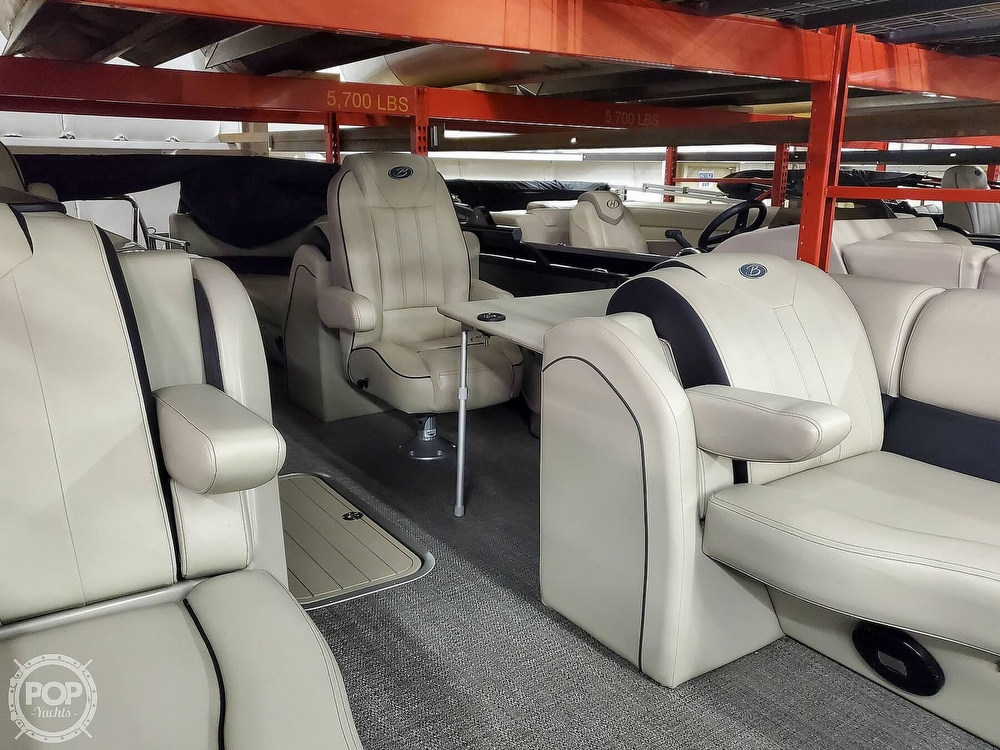 2020 Barletta boat for sale, model of the boat is E22Q CSS & Image # 12 of 40