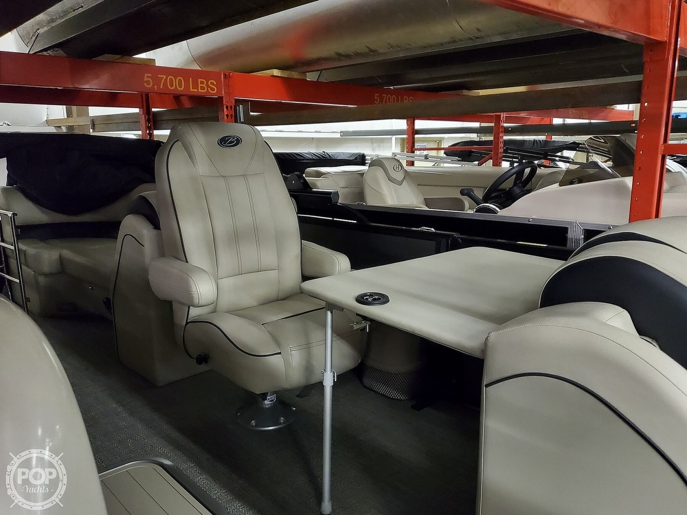 2020 Barletta boat for sale, model of the boat is E22Q CSS & Image # 14 of 40