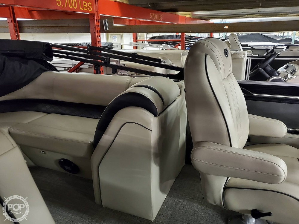 2020 Barletta boat for sale, model of the boat is E22Q CSS & Image # 27 of 40
