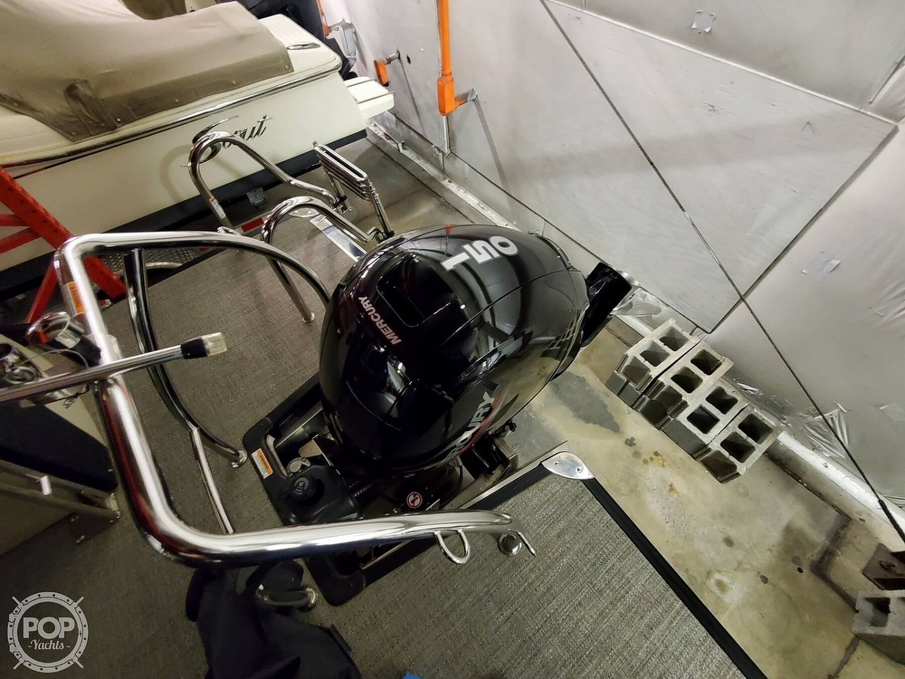 2020 Barletta boat for sale, model of the boat is E22Q CSS & Image # 34 of 40