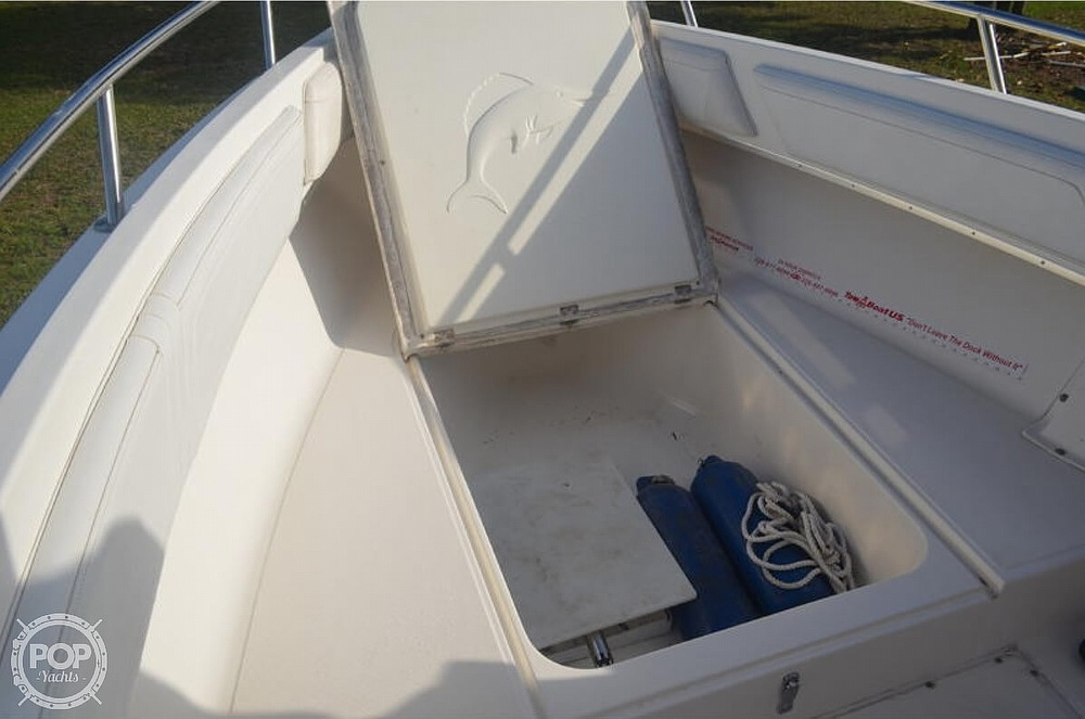 2002 Fountain boat for sale, model of the boat is 23FX & Image # 9 of 40