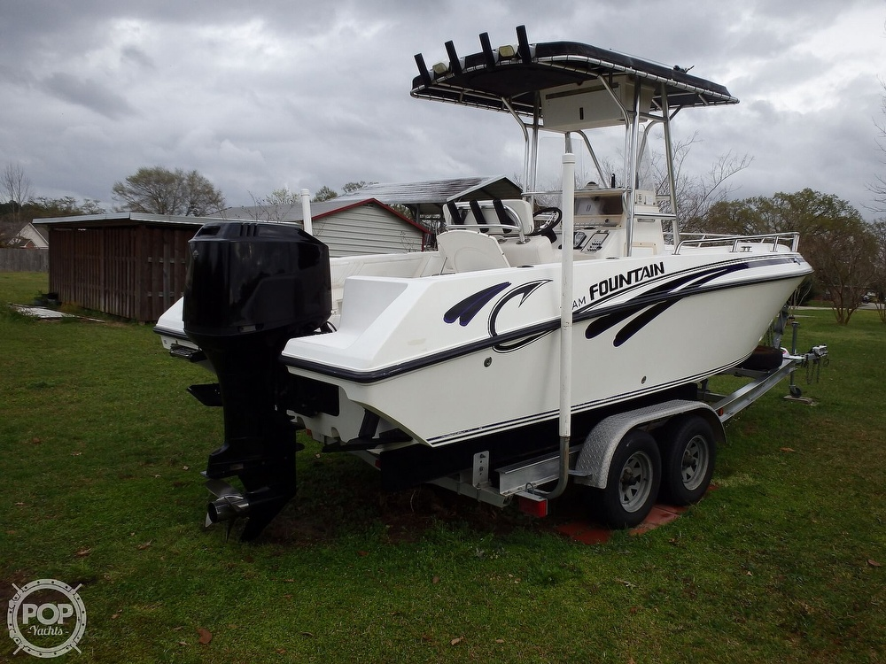 2002 Fountain boat for sale, model of the boat is 23FX & Image # 4 of 40