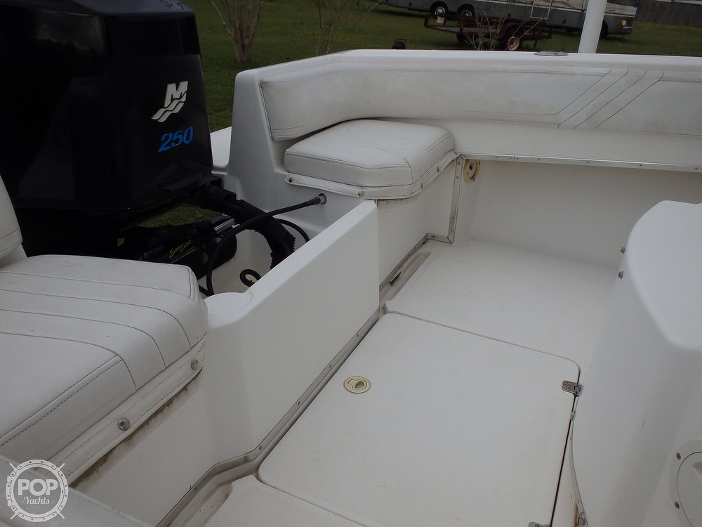 2002 Fountain boat for sale, model of the boat is 23FX & Image # 38 of 40