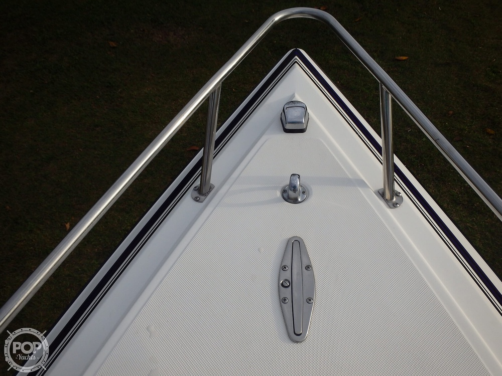 2002 Fountain boat for sale, model of the boat is 23FX & Image # 7 of 40