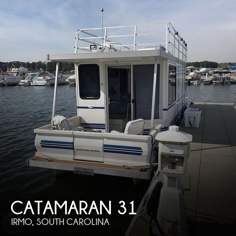 Used Boats For Sale in Columbia, South Carolina by owner | 2007 Catamaran Cruisers Lil-Hobo 31