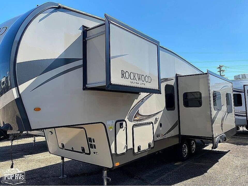 2019 Rockwood Ultra Lite 2881S - #$LI_INDEX