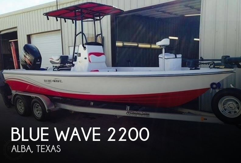 Used Boats For Sale in Longview, Texas by owner | 2014 Blue Wave Pure Bay 2200