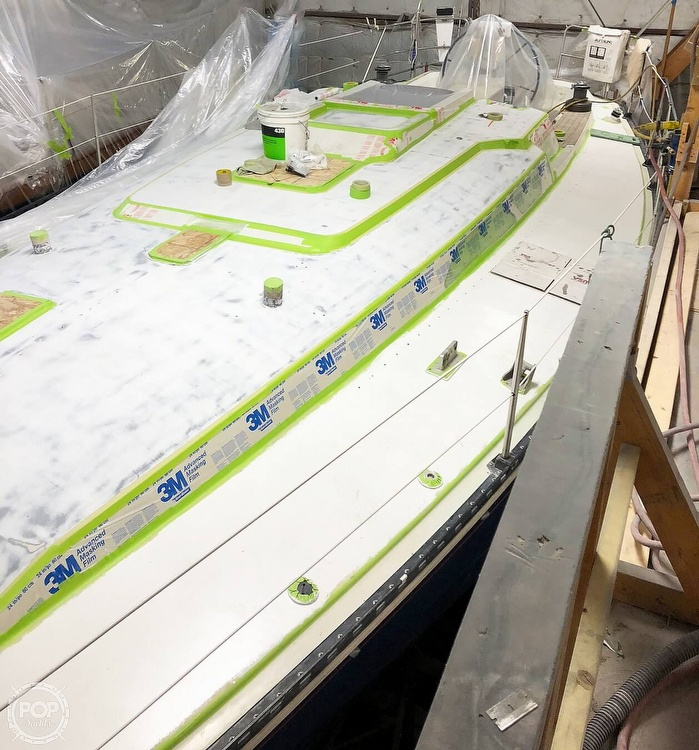 1988 C & C boat for sale, model of the boat is 41 Wing Keel & Image # 9 of 21