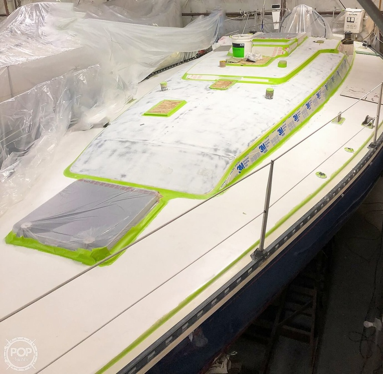 1988 C & C boat for sale, model of the boat is 41 Wing Keel & Image # 10 of 21