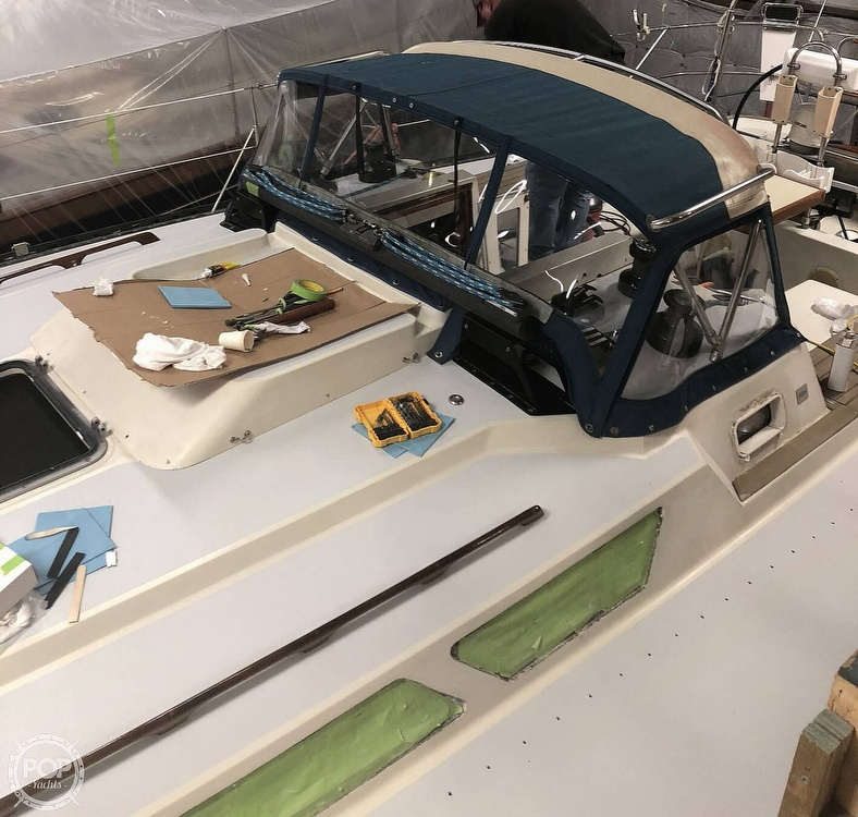 1988 C & C boat for sale, model of the boat is 41 Wing Keel & Image # 16 of 21