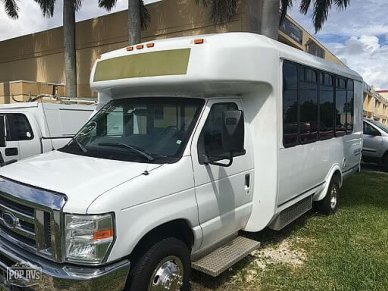 2013 El Dorado Shuttle Bus - #1