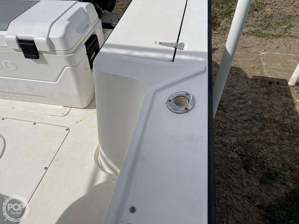 1986 Mako boat for sale, model of the boat is 231 & Image # 17 of 40