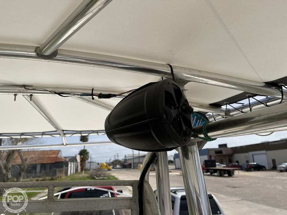 1986 Mako boat for sale, model of the boat is 231 & Image # 27 of 40