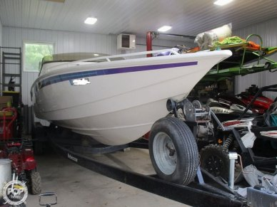 Velocity 32, 32, for sale - $39,900