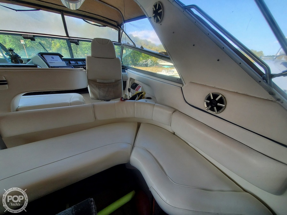 1992 Sea Ray boat for sale, model of the boat is 500 Sundancer & Image # 20 of 40