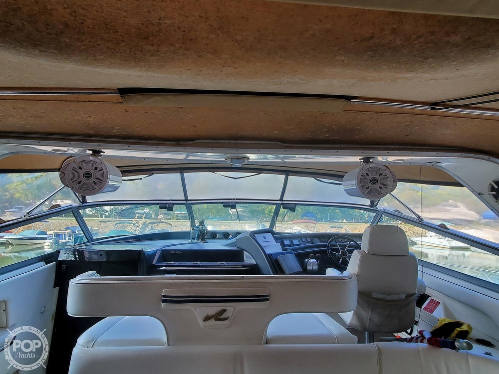 1992 Sea Ray boat for sale, model of the boat is 500 Sundancer & Image # 13 of 40