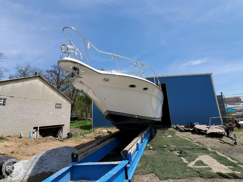 1992 Sea Ray boat for sale, model of the boat is 500 Sundancer & Image # 9 of 40