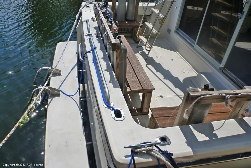 1985 Trojan 37 SF (11 Meter - Dive Boat) - Photo #17