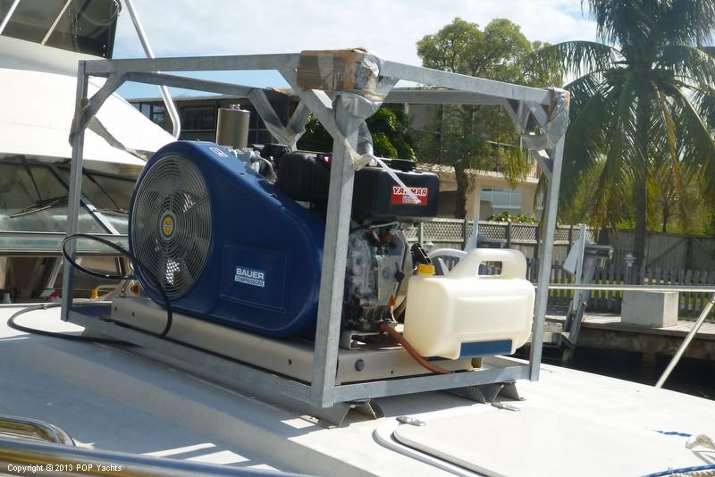 1985 Trojan 37 SF (11 Meter - Dive Boat) - Photo #13