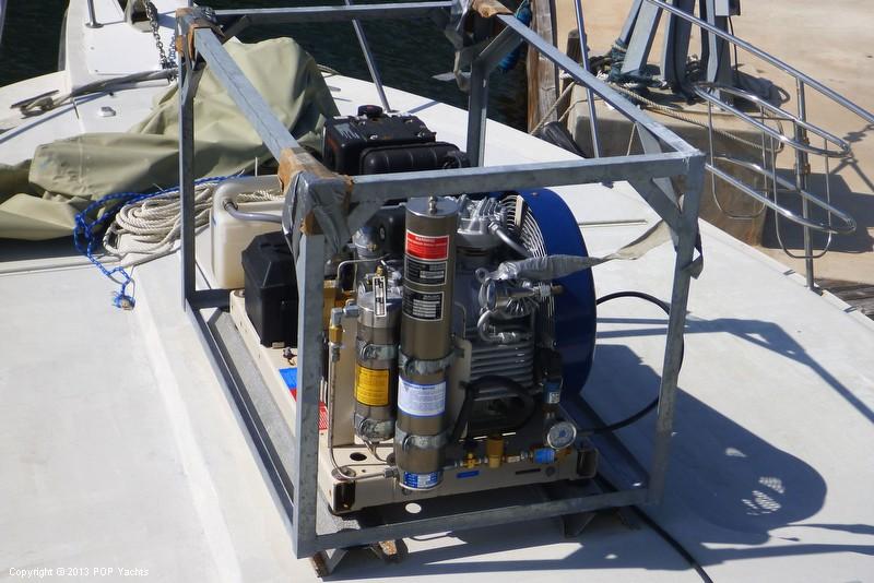 1985 Trojan 37 SF (11 Meter - Dive Boat) - Photo #21