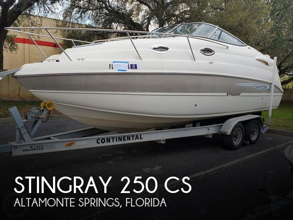 2007 Stingray boat for sale, model of the boat is 250 CS & Image # 1 of 40