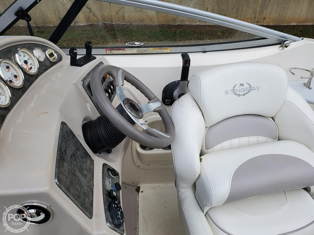 2007 Stingray boat for sale, model of the boat is 250 CS & Image # 19 of 40