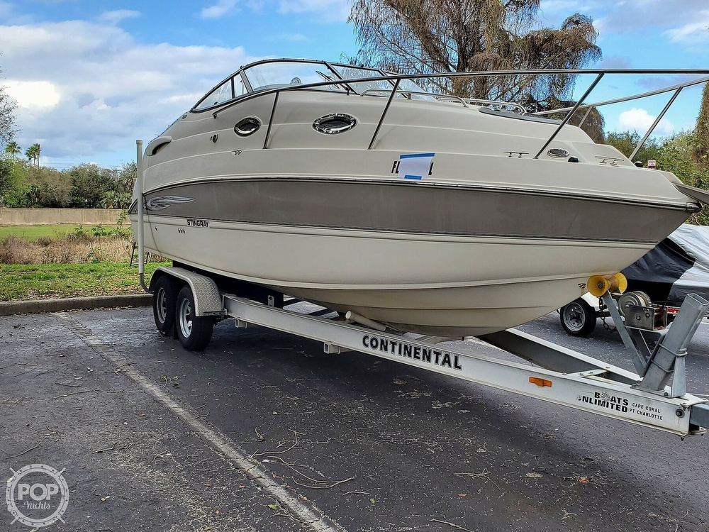 2007 Stingray boat for sale, model of the boat is 250 CS & Image # 3 of 40
