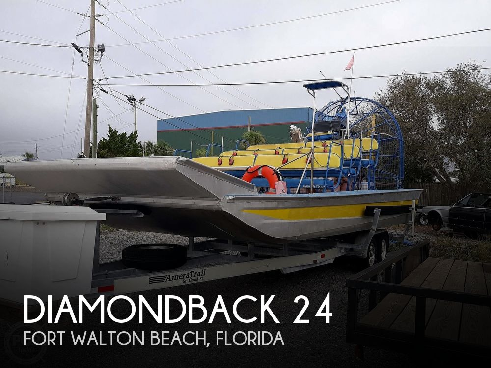 2005 Diamondback boat for sale, model of the boat is 24 & Image # 1 of 16