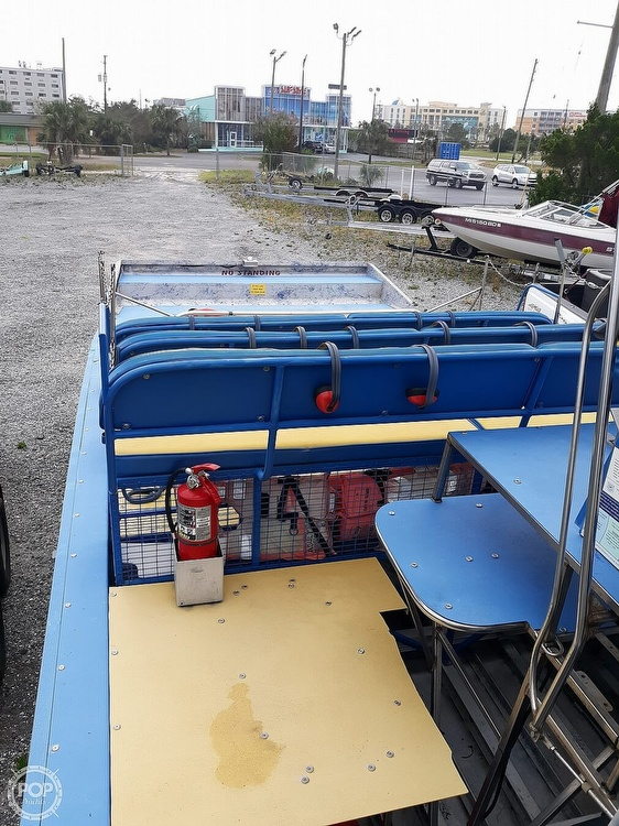 2005 Diamondback boat for sale, model of the boat is 24 & Image # 13 of 16