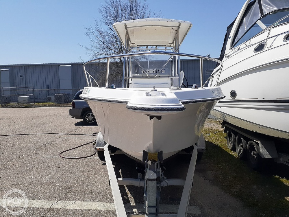 1996 Wellcraft boat for sale, model of the boat is CCF 238 Offshore & Image # 6 of 40