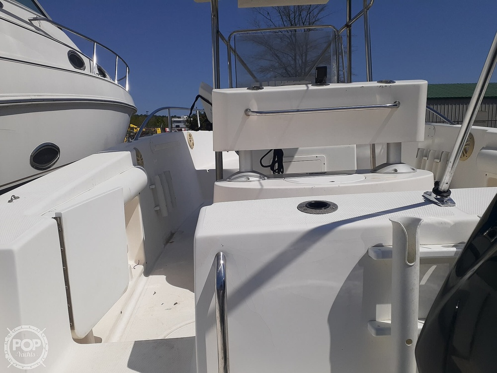 1996 Wellcraft boat for sale, model of the boat is CCF 238 Offshore & Image # 7 of 40