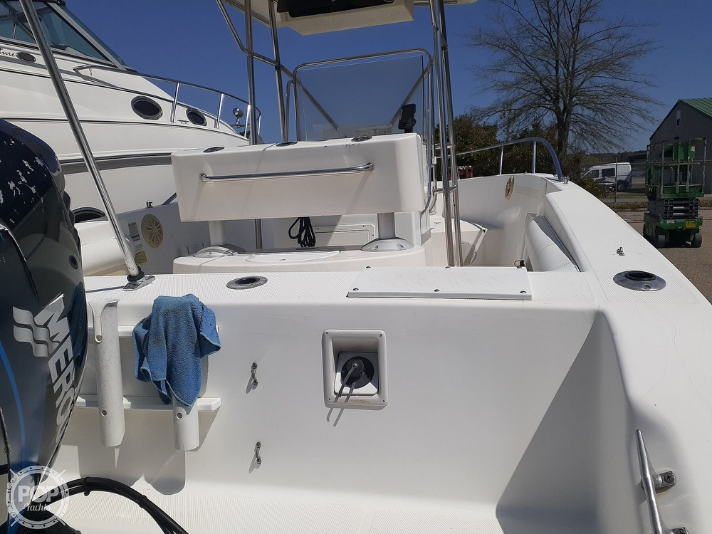 1996 Wellcraft boat for sale, model of the boat is CCF 238 Offshore & Image # 8 of 40