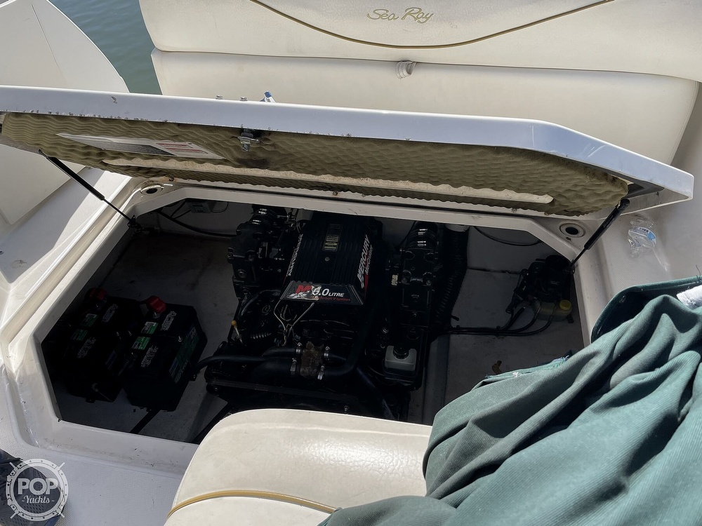 2001 Sea Ray boat for sale, model of the boat is 240 Sundancer & Image # 18 of 40