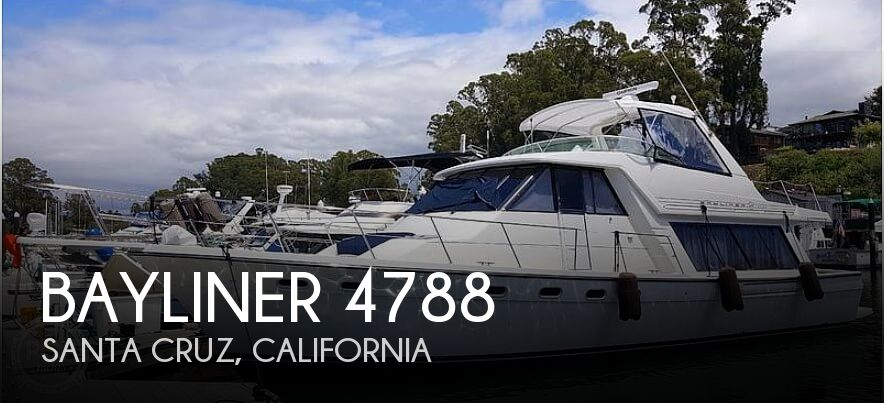 2001 Bayliner 4788 Pilot House