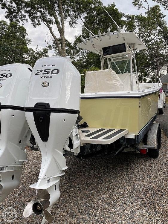 2000 Regulator Marine boat for sale, model of the boat is 26FS & Image # 2 of 40