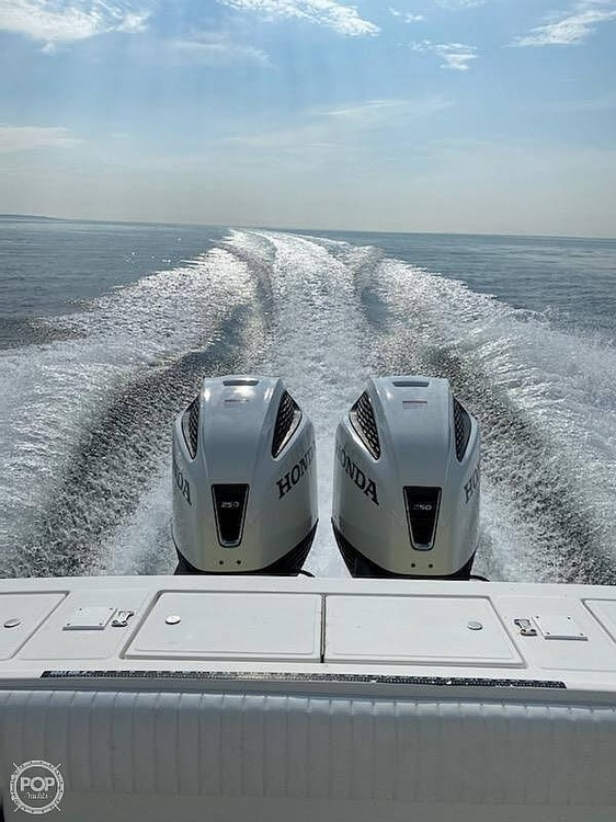 2000 Regulator Marine boat for sale, model of the boat is 26FS & Image # 36 of 40
