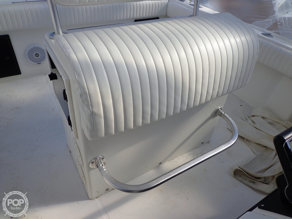 2000 Regulator Marine boat for sale, model of the boat is 26FS & Image # 23 of 40